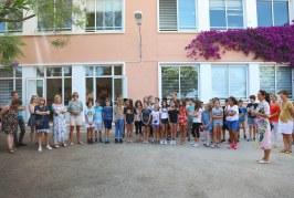 Remise des bons d'achats aux élèves de l'école primaire Calderoni