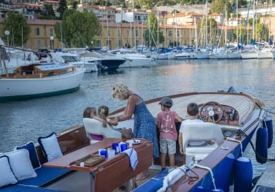 Riviera Picnic Boat-6