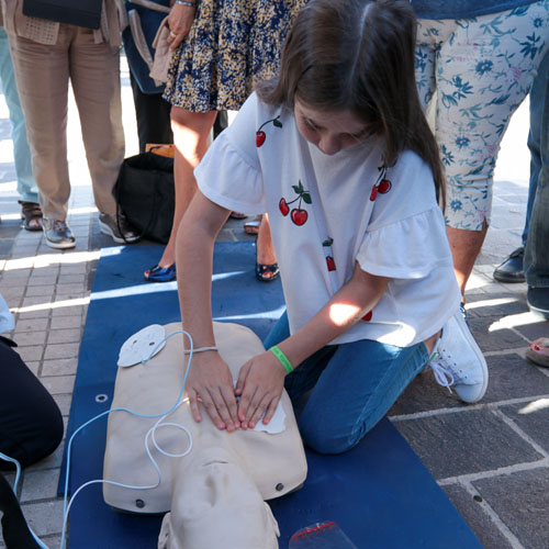 Initiation au massage cardiaque externe à l'occasion de la Journée Mondiale de l'Arrêt Cardiaque @ Club de Sports et Loisirs de la Corne d'Or