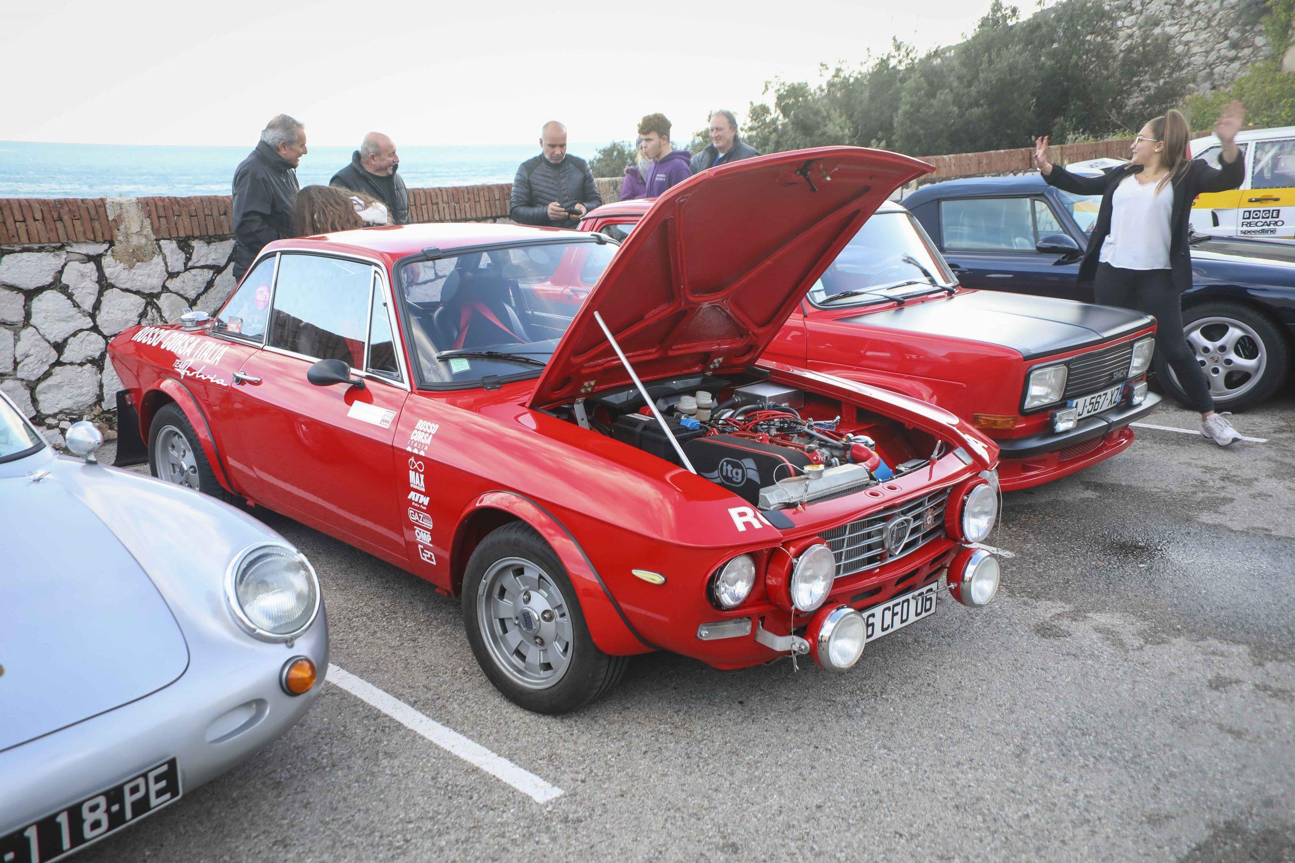 retro cars-19