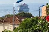 """Un bateau de croisière """"destination-découverte"""" entre en rade ce matin"""